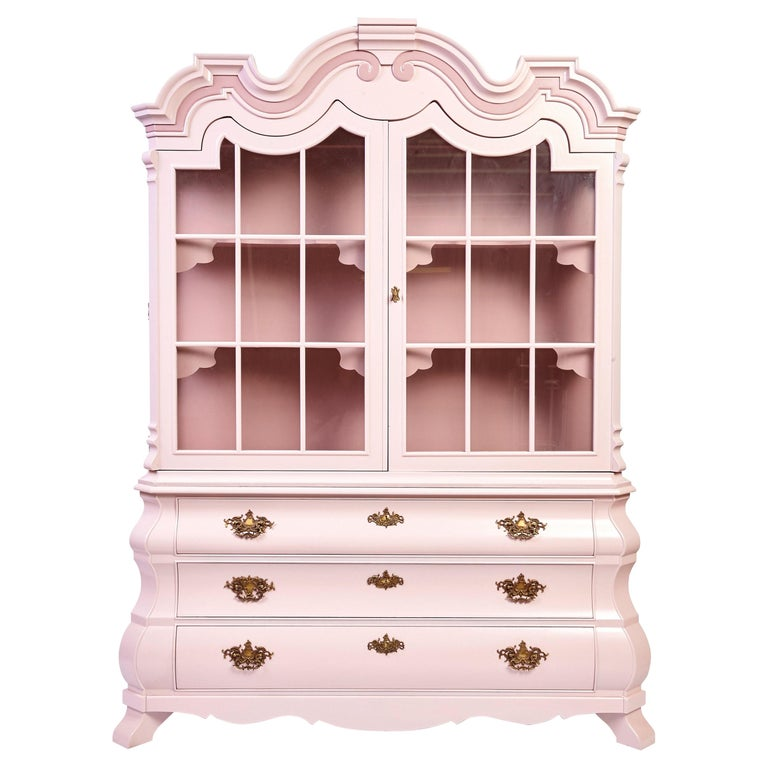Dorothy Draper Viennese China Cabinet for Henredon, circa 1963 For Sale
