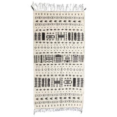 Hand-Loomed Algerian Berber Tribal Wool Throw Rug - Black White