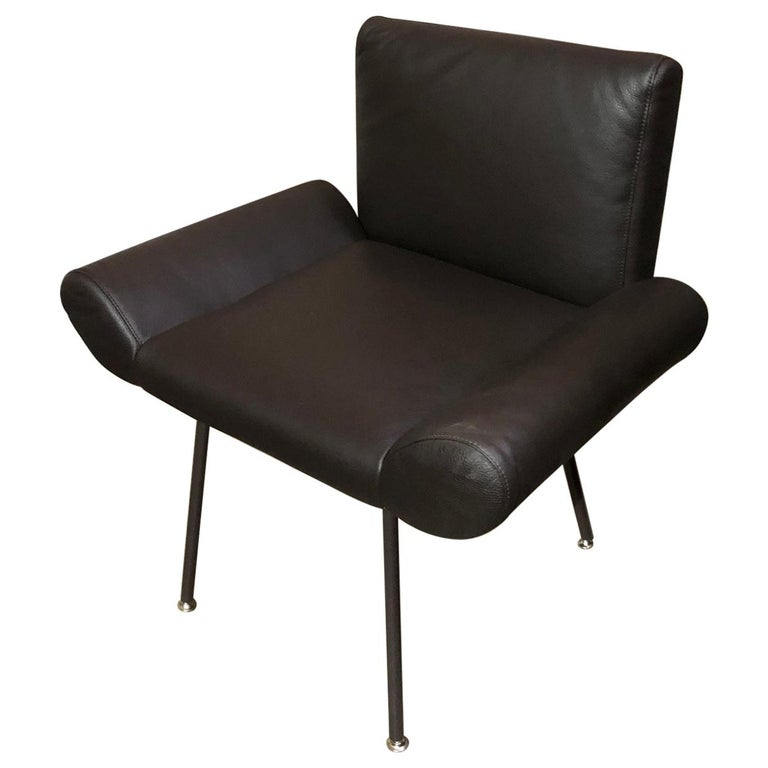 Quinti Brown Leather Ginevra Armchair For Sale