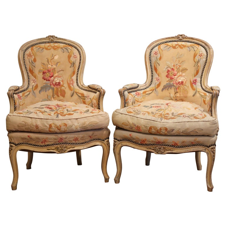 Pair of 19th Century French Louis XV Carved Armchairs with Aubusson Tapestry For Sale