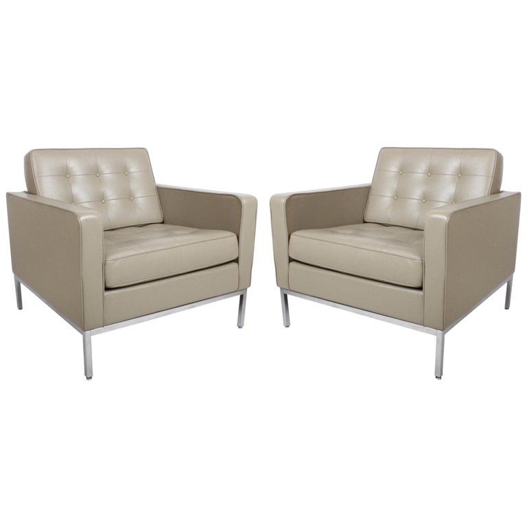 Pair of Florence Knoll Leather Lounge Chairs For Sale