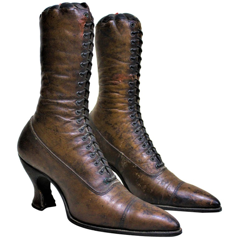 Antique Victorian Ladies Leather Piedmont Shoes Boots Mercantile Store Display  For Sale
