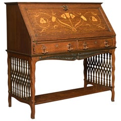 Arts & Crafts Oak Bureau in the Manner of Shapland and Petter