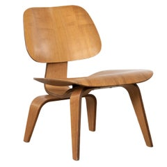 Charles and Ray Eames LCW Ash lounge chair for Herman Miller, 1951