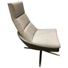 Montis Swivel High Back Gray Leather and Fabric Hugo Lounge