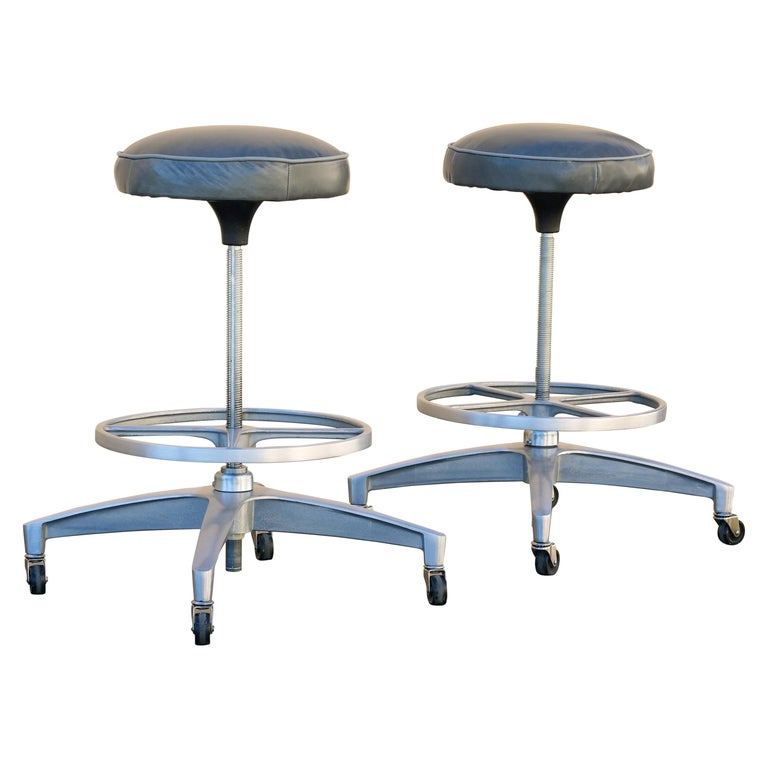 Pair of 1960s Chromcraft Atomic Stools, Refinished For Sale