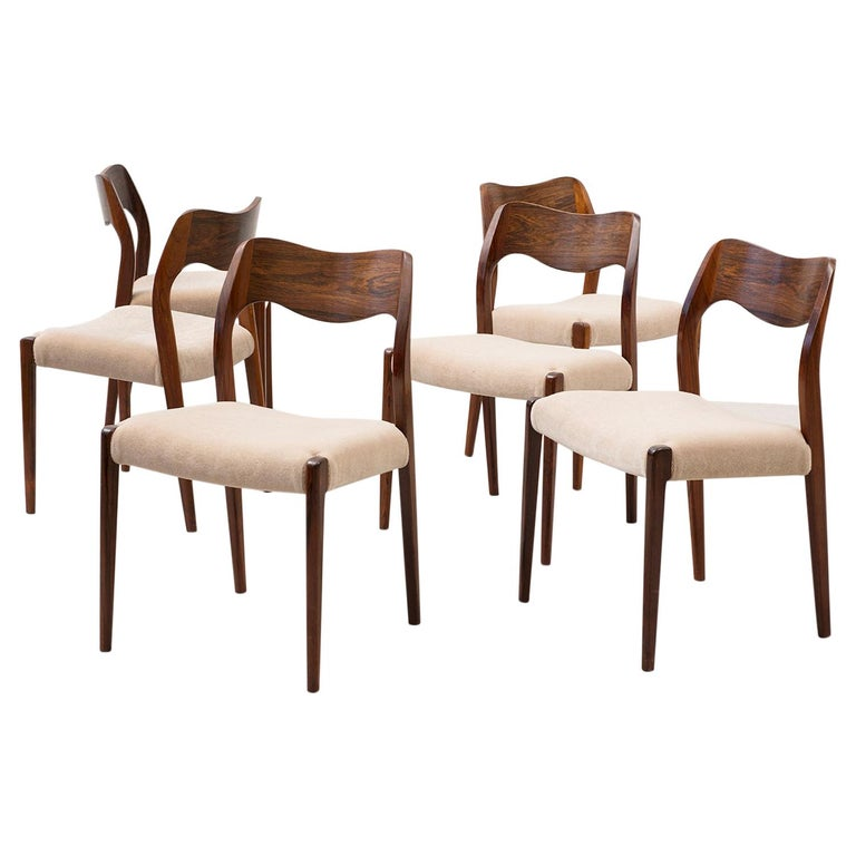Set of Six Niels Moller Dining Chairs Model #71 in Rosewood and Velvet Mohair For Sale