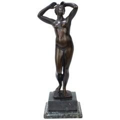 Antique Grand Tour Bronze Sculpture of a Venus