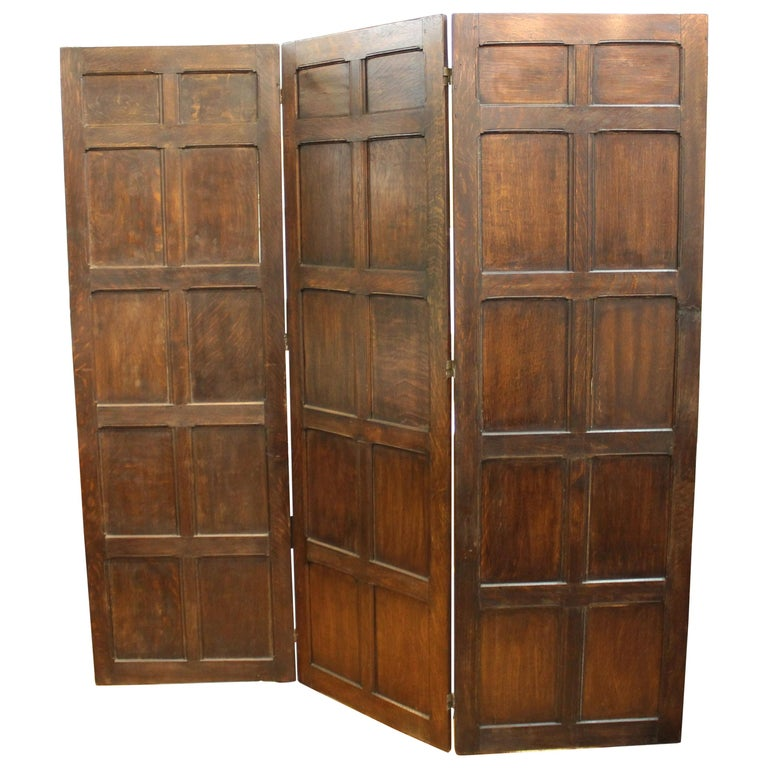 English Arts And Crafts Three Panel Oak Screen With Beveled Panels