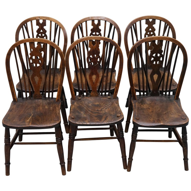 Rare Set of 6 Victorian 1840 Hoop Back Windsor Chairs High Wycombe, England For Sale