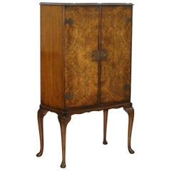 Lovely Vintage circa 1930s Art Deco Burr Walnut Drinks Cabinet Glass Shelved