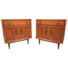 Pair of Midcentury Nightstands by Drexel Heritage