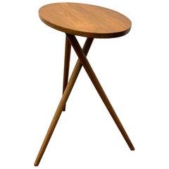 KFF Oval YCKS Natural Walnut Side Table
