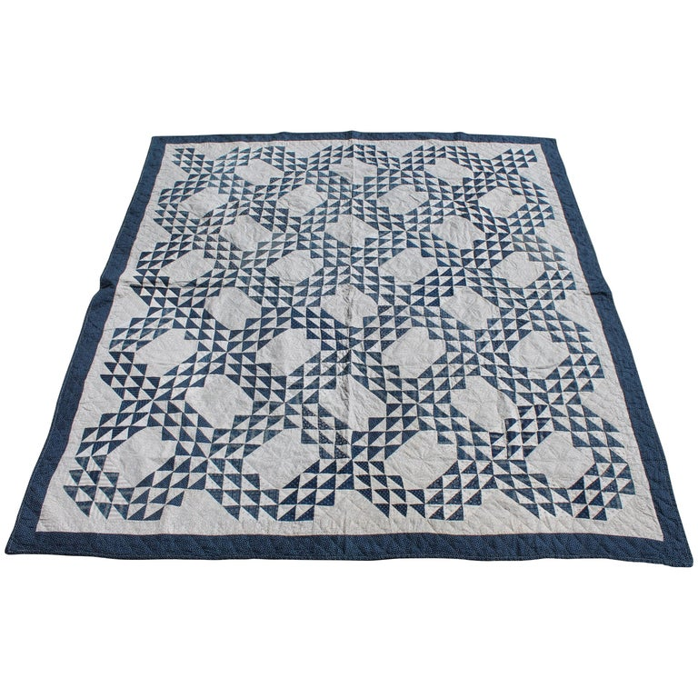 Antique Quilt Blue and White Ocean Waves Pattern For Sale