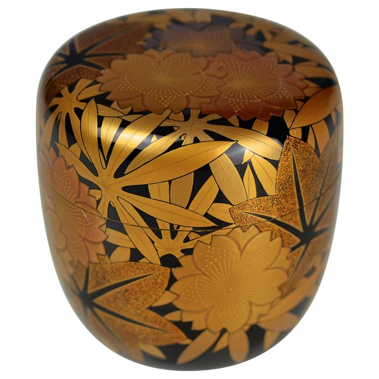 Gold Lacquer Tea Caddy (natsume) by Kakinoki Akira (1926-2009) For Sale