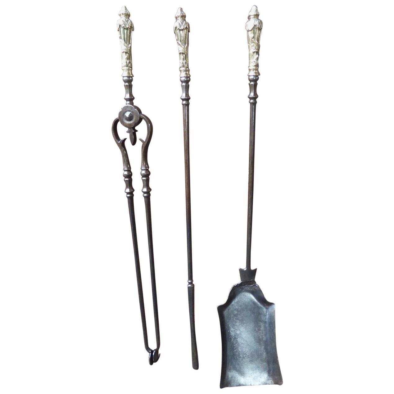 19th Century English Victorian Fireplace Tool Set or Companion Set
