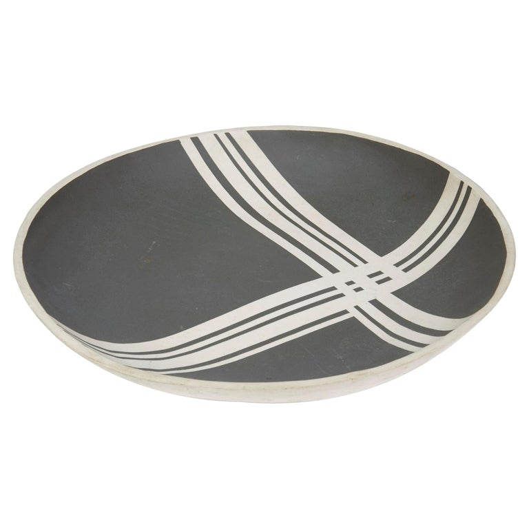 Black Linear Pattern Studio Pottery Bowl Signed For Sale