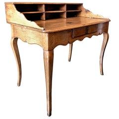 Bureau Table Provencal 18th Century, a Cartonnier Writing office Desk in Walnut