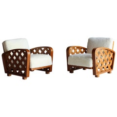 Paolo Buffa 'Attribution', Pair of Lounge Chairs, Oak, Sheepskin, 1940s, Italy