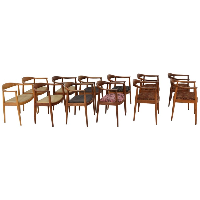 12 Hans Wegner Round Chairs For Sale