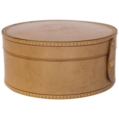 Antique Gentlemen's Leather Collar Box