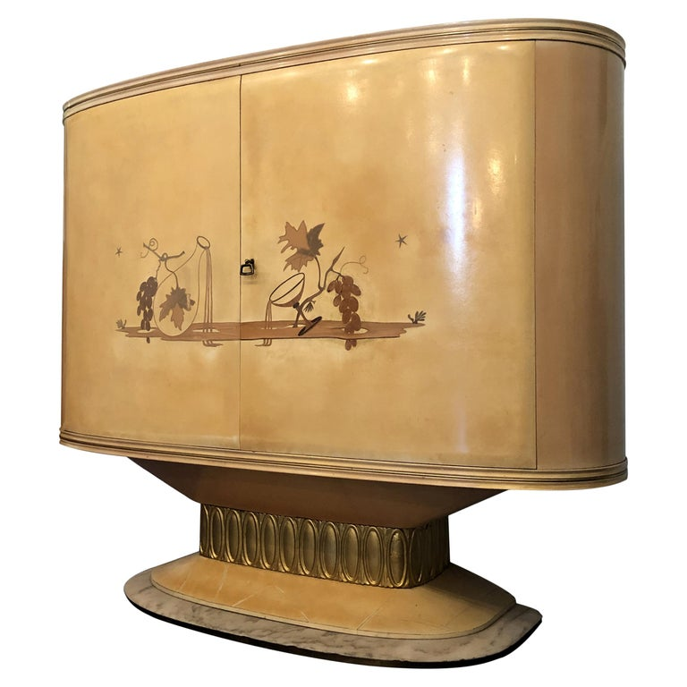 Art Deco Lacquered Wood Parchment Bar Cabinet, Galleria Mobili Cantù Italy, 1950 For Sale