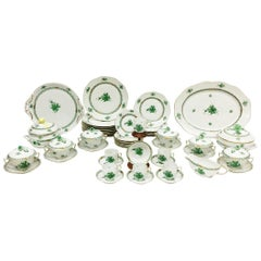 Herend Porcelain, Green Chinese Bouquet Porcelain Table Serve Ware, Hungary