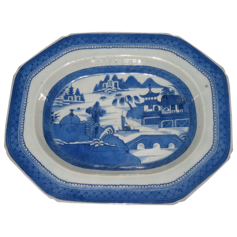 19th Century Chinese Export Blue and White Canton Ware Deep Platter For Sale