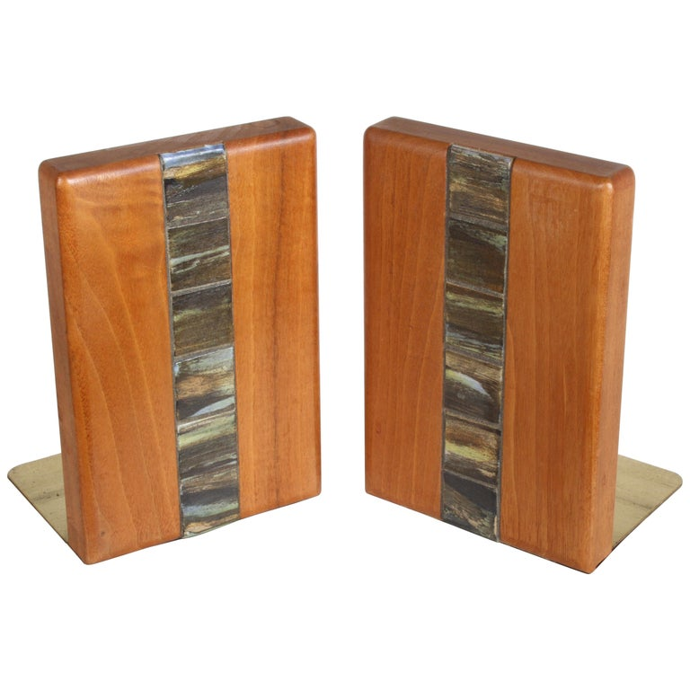 Jane and Gordon Martz Bookends for Marshall Studios For Sale