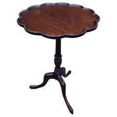 19th Century English Mahogany Wine Table with Three Splayed Legs
