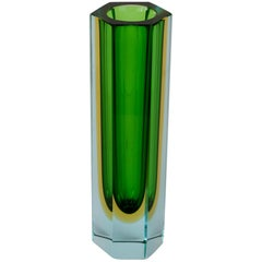 Faceted Murano 'Sommerso' Glass Vase Attributed to Mandruzzato, circa 1960-1969