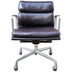 Gorgeous Dark Brown Eames Soft Pad Management Desk Chair