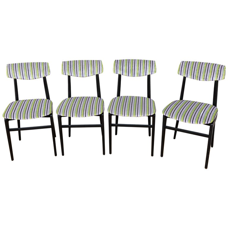 Set of Four Dinning Chairs, Italy, circa 1960 For Sale