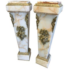 19th Century Pair of French Marble and Onyx Pedestals