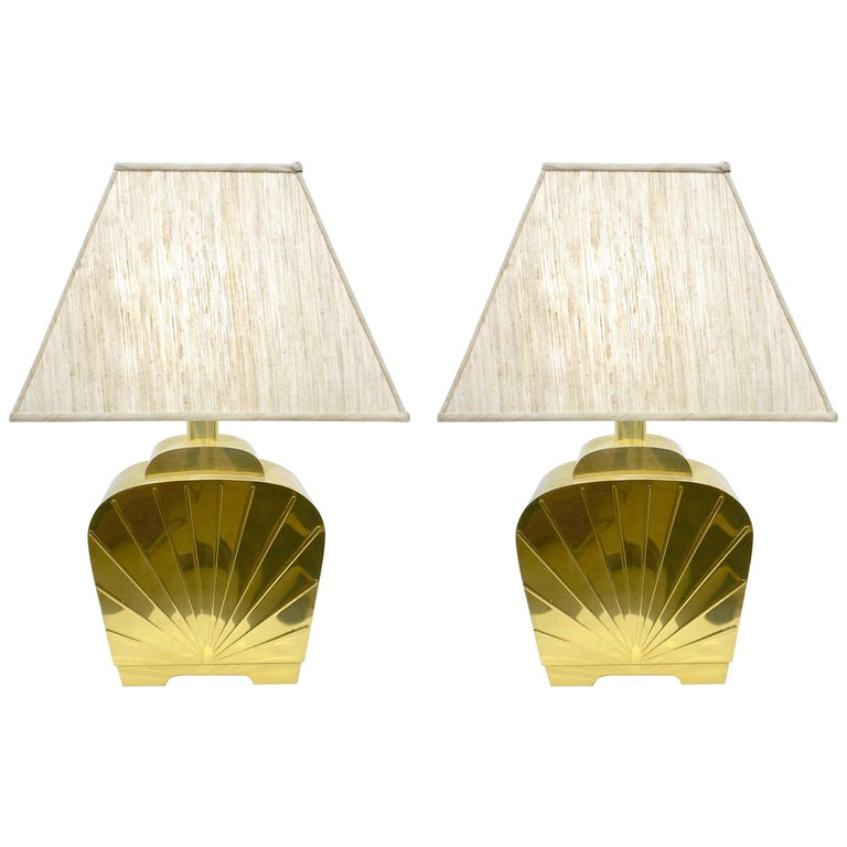 1970s Chapman Vintage Art Deco Design Pair of Hollywood Regency Gold Brass Lamps For Sale