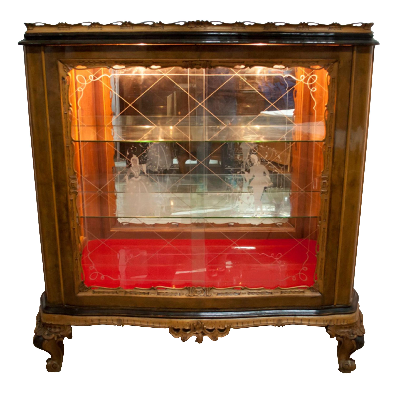 Mid-Century Modern Walnut Chippendale Style Italian Bar Cabinet, 1940s