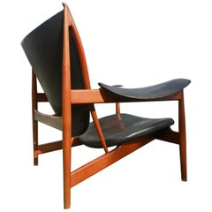Finn Juhl Chieftain Chair for Niels Vodder in Teak and Black Leather