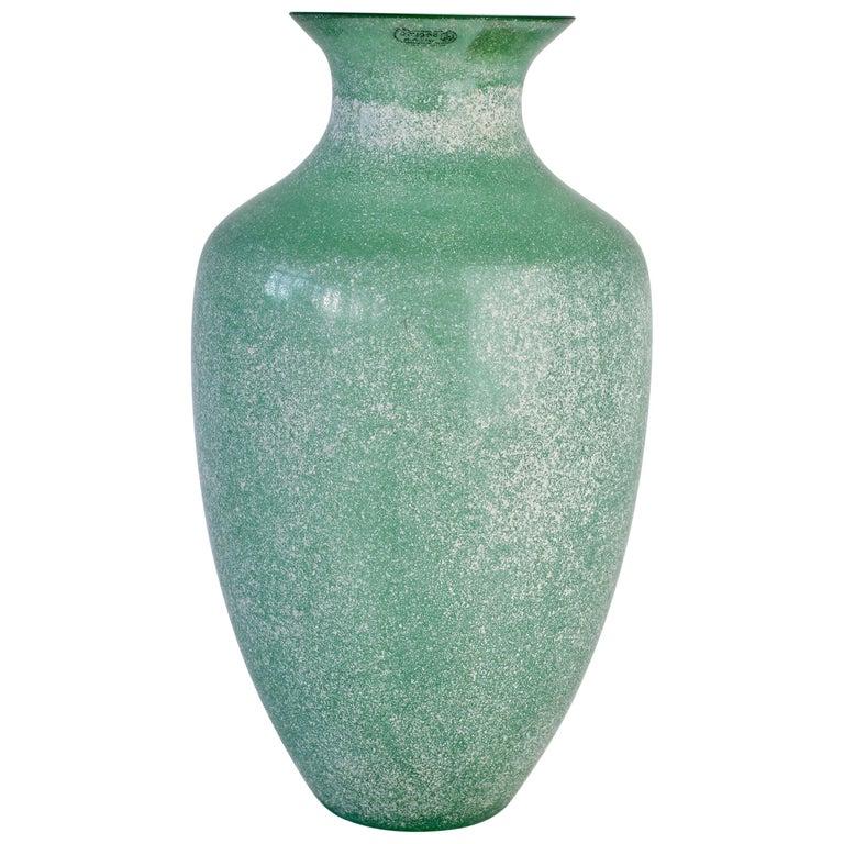 Large Italian Seguso Vetri d'Arte Green 'Scavo' Murano Glass Vintage Floor Vase For Sale