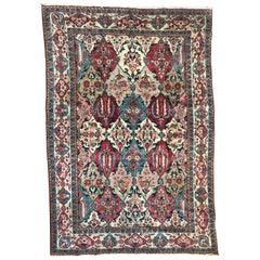 Beautiful Vintage Mahal Design Rug