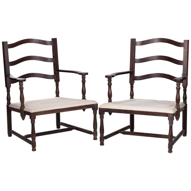 1930s Pair of French Rustic Vintage Wooden Armchairs For Sale
