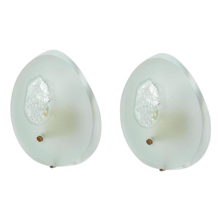Max Ingrand Rare Pair of Larger Sconces, Italy, circa 1960 For Sale