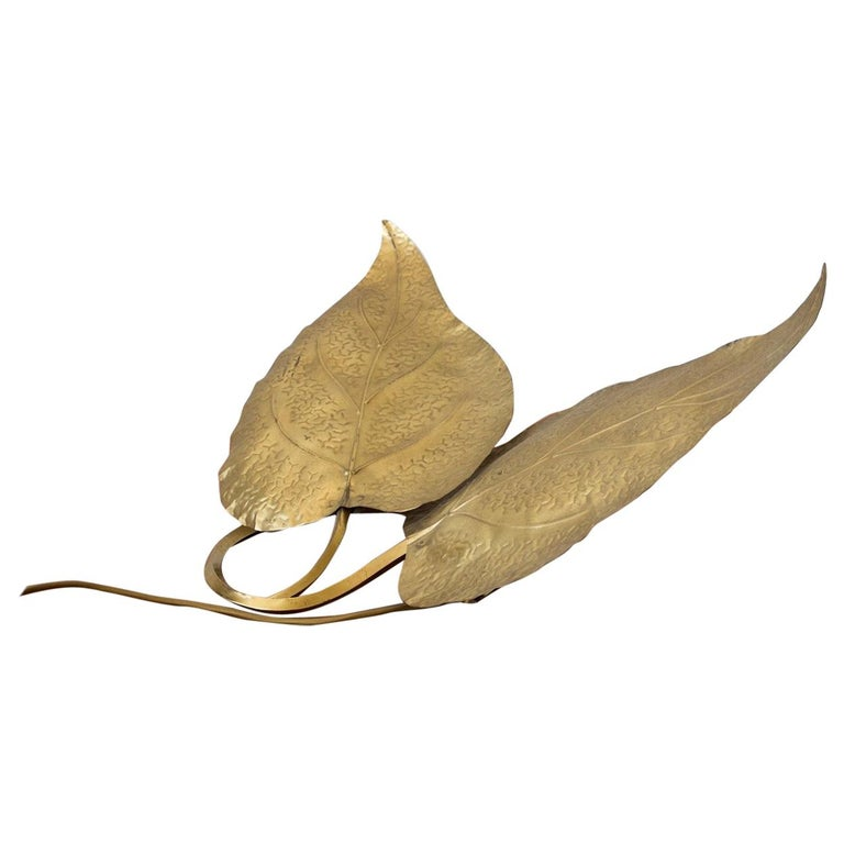 Tommaso Barbi Brass Leaves Table Lamp For Sale