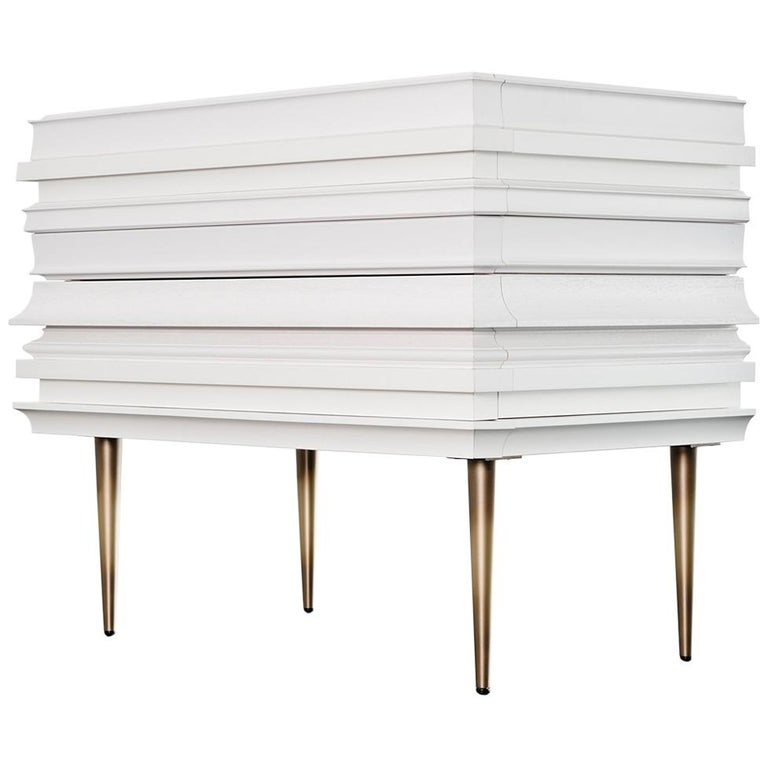 Contemporary Lacquer White Wood Moldings on a Pair of Nightstands by Luis Pons For Sale