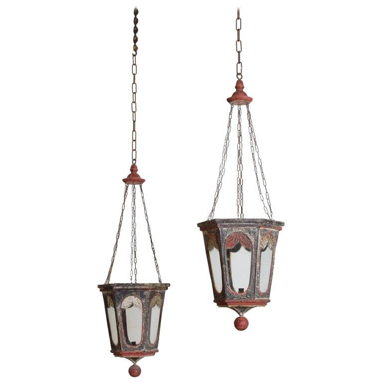 Pair of Italian Painted Tole Hexagonal 1-Light Lanterns, 19th Century For Sale