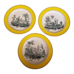 Set of Three Antique French Creil Plates with Canary Yellow Borders, circa 1810
