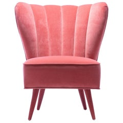Chic Vintage Rose Pink Velvet Italian Slipper Chair, circa 1950