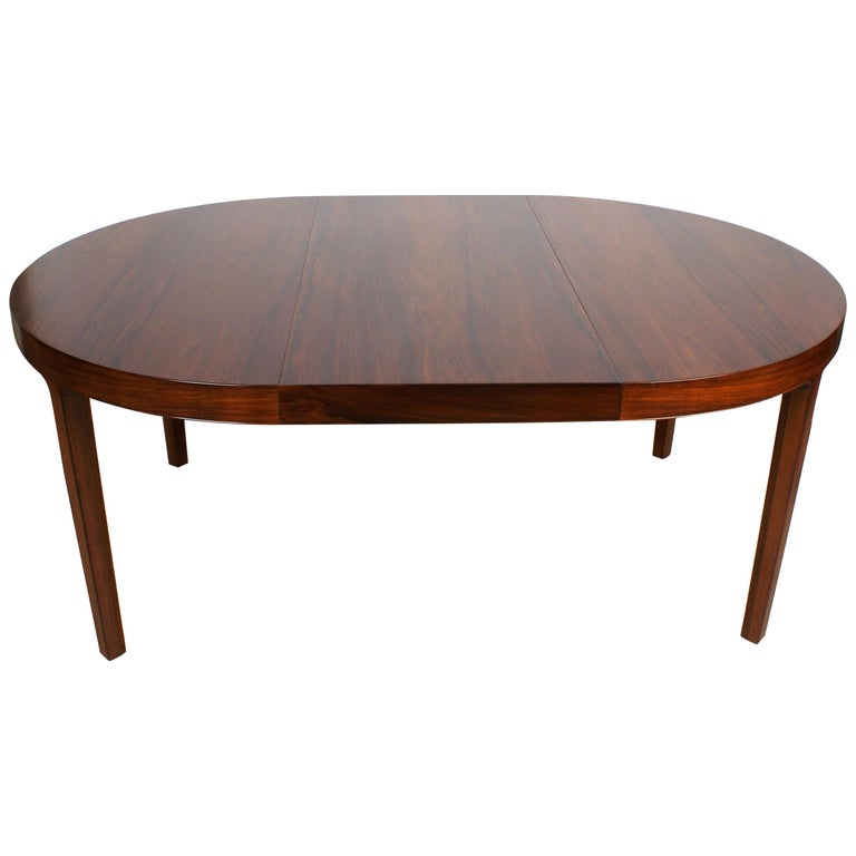 Ole Wanscher Dining Table in Rosewood by Cabinetmaker A.J. Iversen, 1942 For Sale