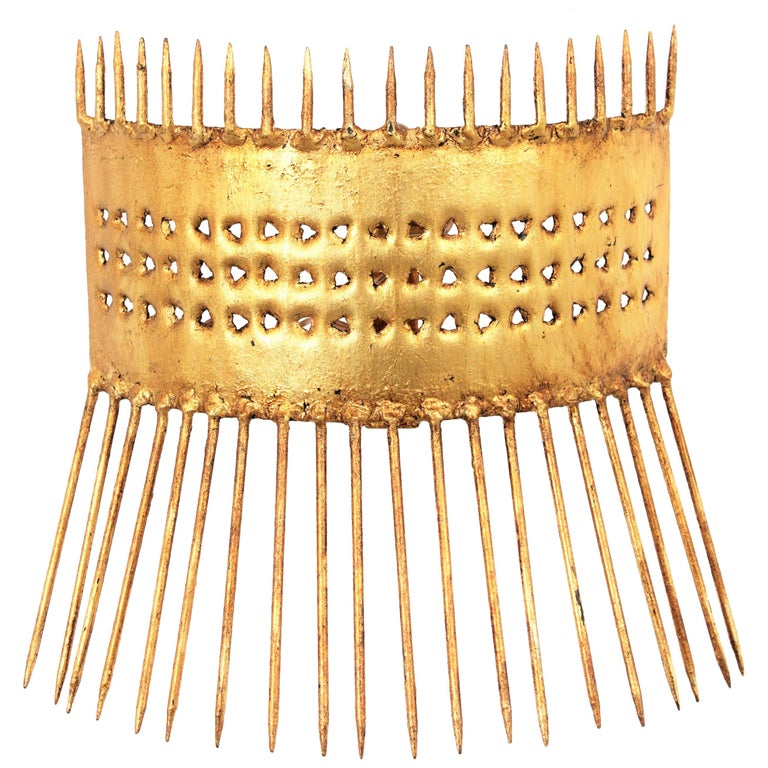 French 1950s Brutalist Hand-Hammered Gilt Iron Nails Design Wall Light  For Sale