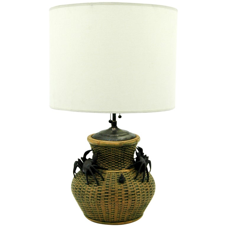 Chinese Clay Vase Table Lamp For Sale