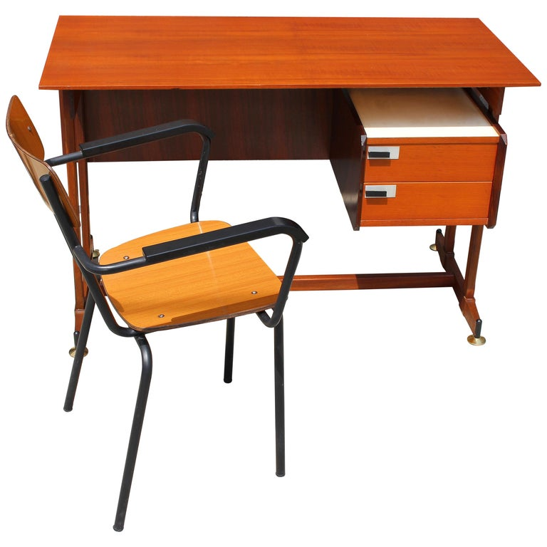 Italian Desk and the Chair Attributed to Ico Parisi For Sale